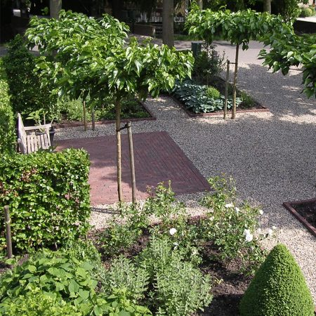 Puper Hoveniers - Zijderveld klassieke voortuin