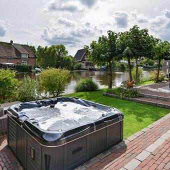 Puper Hoveniers - Exclusieve tuin aan het water
